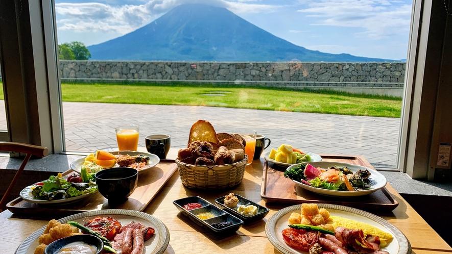 羊蹄山を眺めながら朝食を