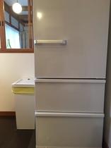 大きな冷蔵庫をご自由にお使いいただけます。