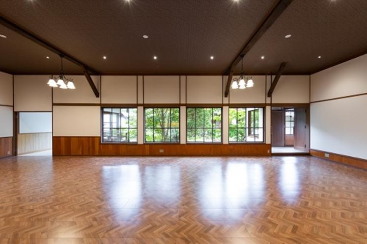 【無料】ダンスホール