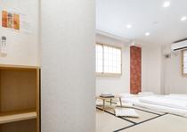 Tatami room maximum 3 people / 和室3人部屋