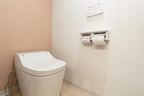 Woman's toilet / 女性用トイレ