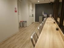 4F Lounge / 4階ラウンジ