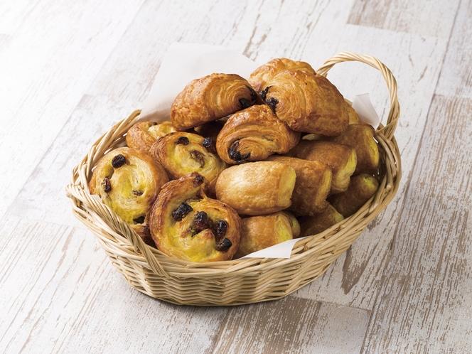バターをたっぷり使用した甘いデニッシュ生地の焼き立てパン♪お子様も、甘いもの好きの方にもたまりません