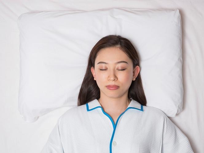【オリジナル快眠枕】寝具メーカーと共同開発した「チョイスピロー」を全室に完備