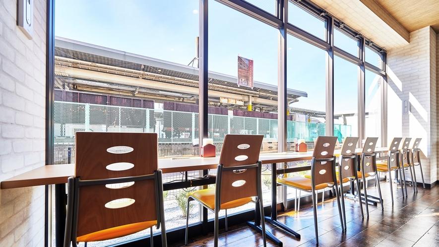 【朝食会場】レストラン【ラ・セーヌ】