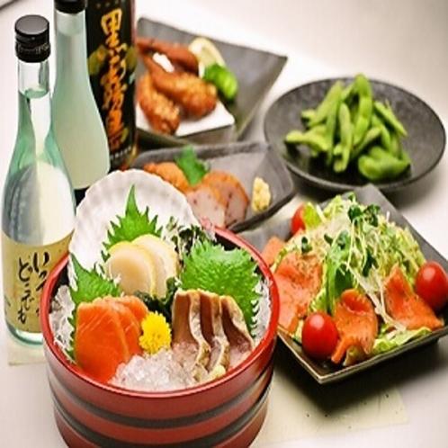 ルートインオリジナル上田カリーや定食などの夕食メニューの他に居酒屋メニューもご用意