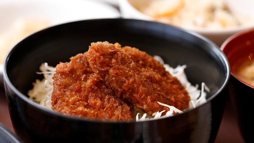 ご当地メニュー ソースカツ丼 【2Fレストラン朝食♦6:30~9:30(LO9:00)】