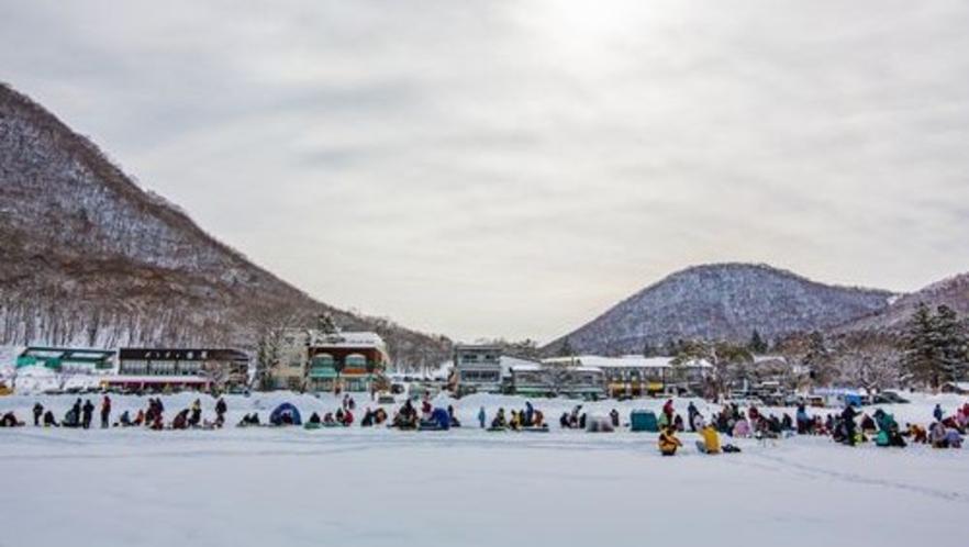 ■赤城山雪まつり(写真提供:前橋観光協会)