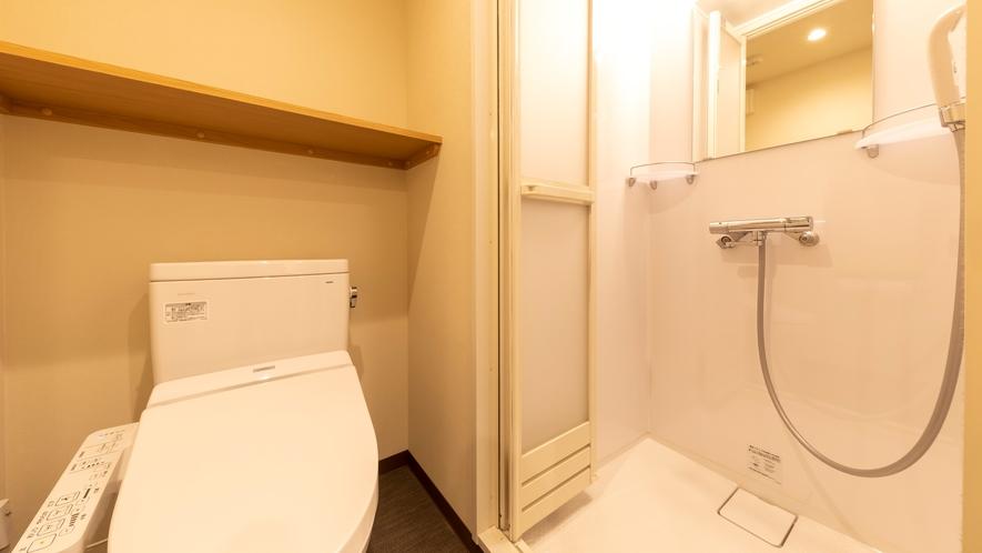 ■客室 トイレ・シャワーブース