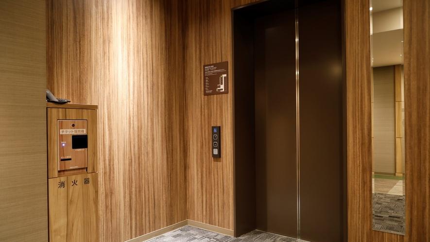 ■各階エレベーターホール