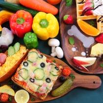 【料理イメージ】自家栽培の高原野菜や果物をたくさん使用したお料理が自慢!是非食べに来てください♪