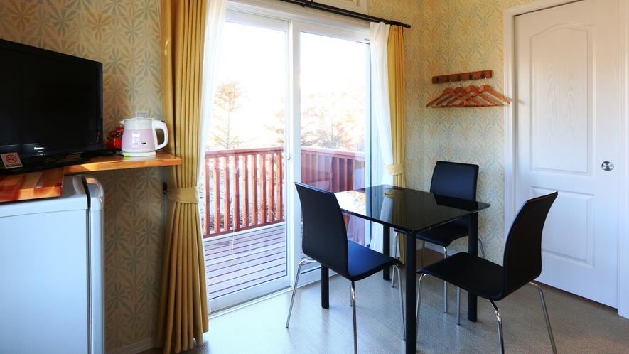 【客室】トリプルルーム(C)です。1室限定、広めの角部屋です。