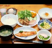 朝食◆実家を思い出すような家庭料理