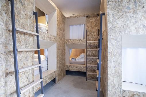 ファミリールーム6人部屋