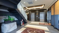 1F 入口 エレベーターホール