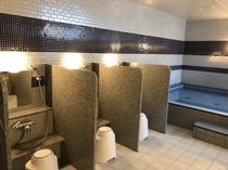 人工温泉大浴場(男性用) 洗い場