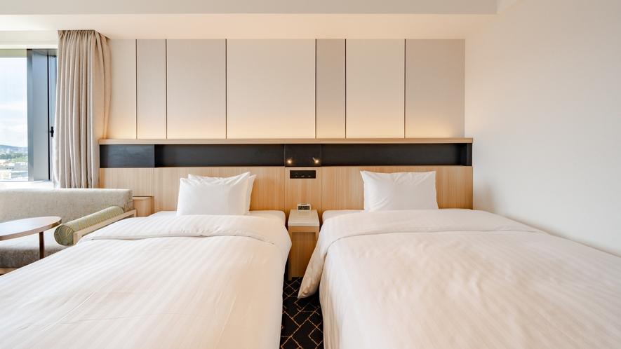 ベッドサイズは壁側142㎝・窓側122cm!添い寝利用にオススメ!