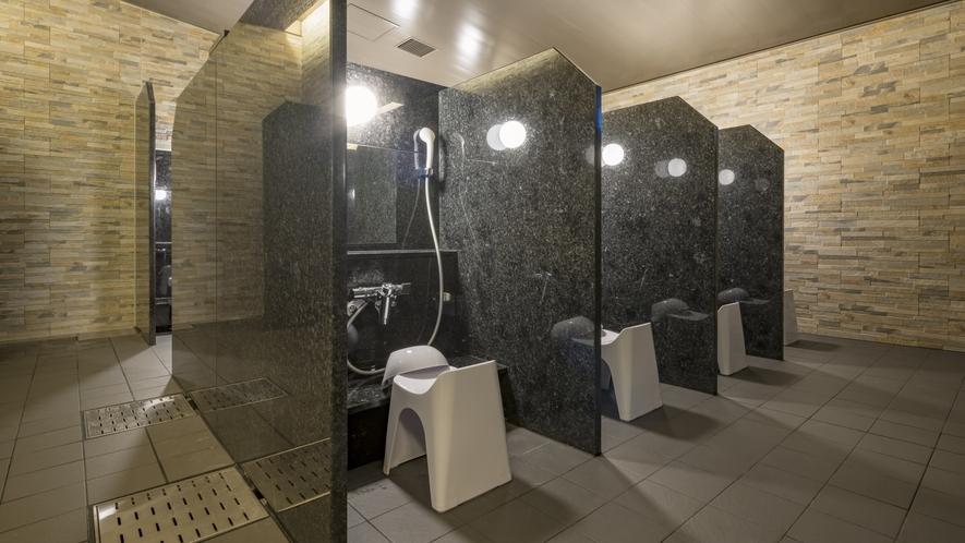 大浴場内の洗い場