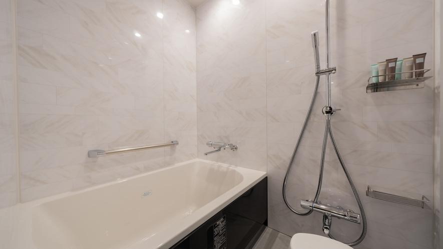 高層階プレミアダブルの洗い場付バスルーム