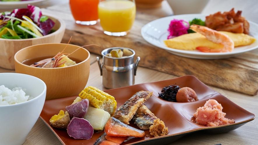 """ブランド米""""ゆきさやか""""や、こだわりの日替わり味噌汁、ザンギなど和食好きにもご満足いただけます♪"""