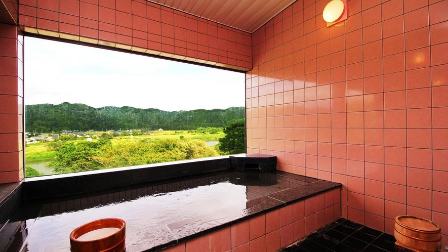 ◆展望風呂◆温泉ではありませんが、目の前に広がる自然に癒されます