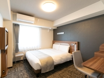 ◆クイーンエコノミー◆ベッド幅160cm◆広さ17平米