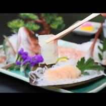 新鮮な鯛の刺身はお醤油と少しのわさびでいただく・・・☆
