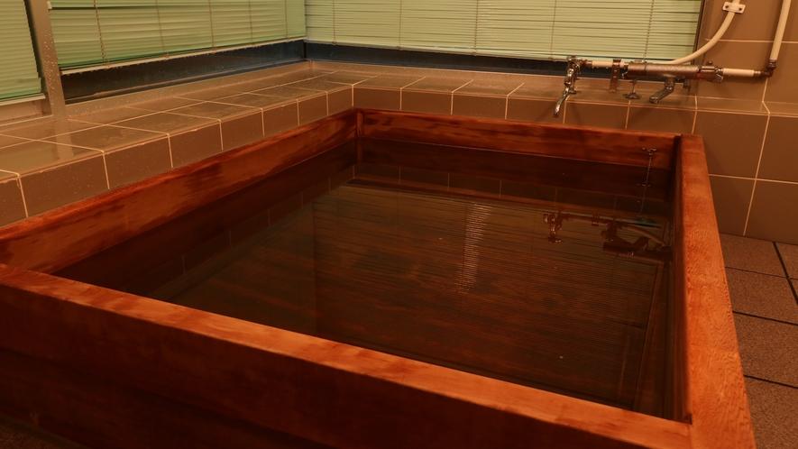【貸切風呂】古代ヒノキ風呂