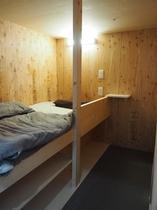 【新築!】ちょい寝ホテル札幌手稲 カプセルベッド〈デラックス〉