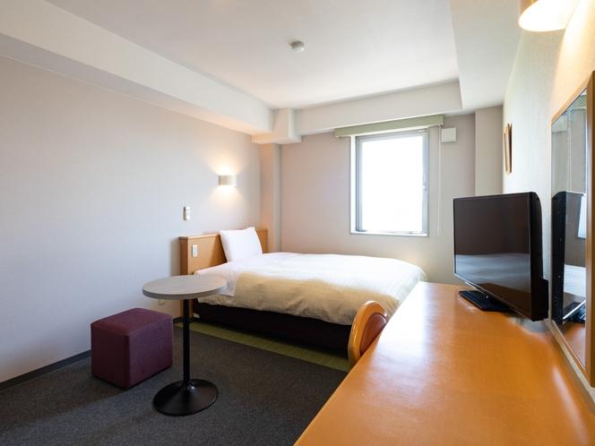 ◆ダブルスタンダード2◆広さ17平米◆ベッド幅140センチ◆お部屋での食事にも便利な電子レンジ完備