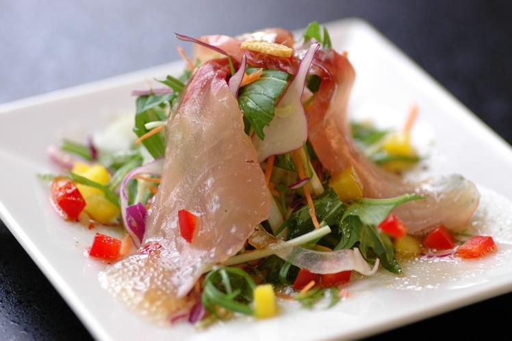 お食事一例(川魚のカルパッチョ)