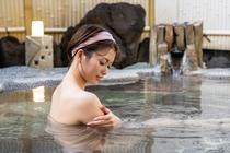 伊豆高原の温泉は皮膚乾燥症などに効能がある美人の湯です。