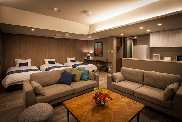【さき楽120】北谷に新築タワーコンドOPEN!68平米の客室で過ごすゆとりの沖縄旅、定員6名
