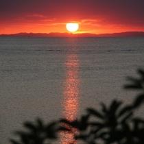 北谷町夕景 西海岸の街だから素敵な夕日を望めます