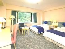 フォーベッドルーム 二つのお部屋です。