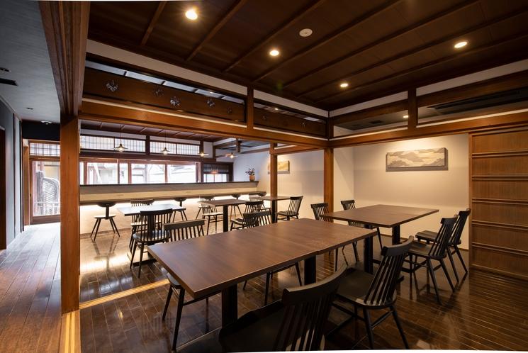 カフェスペース(飲食サービス開始時期未定)