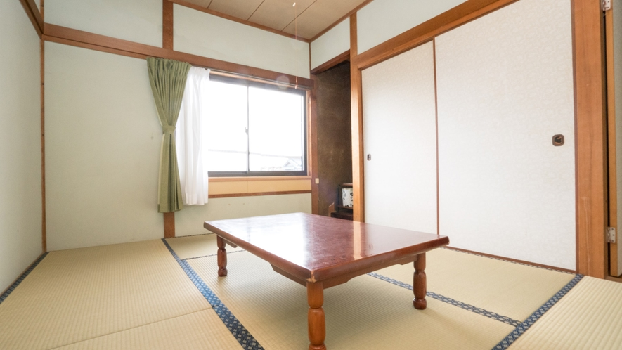 【和室6畳】足を伸ばして、リラックスしてお過ごし下さい。