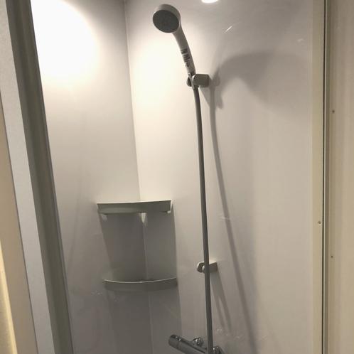 共用シャワーブース
