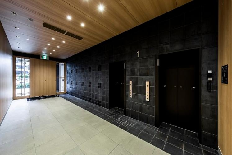 【1階】エントランス・エレベーター前