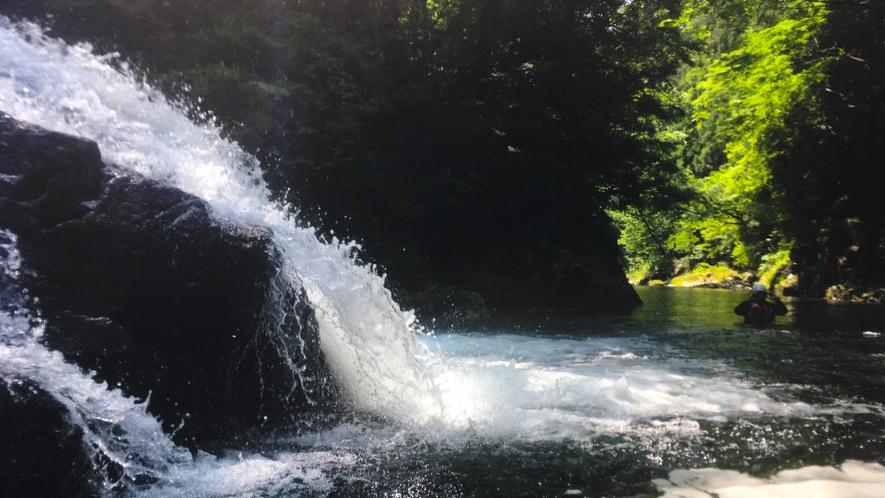 シャワークライミング体験~滝~