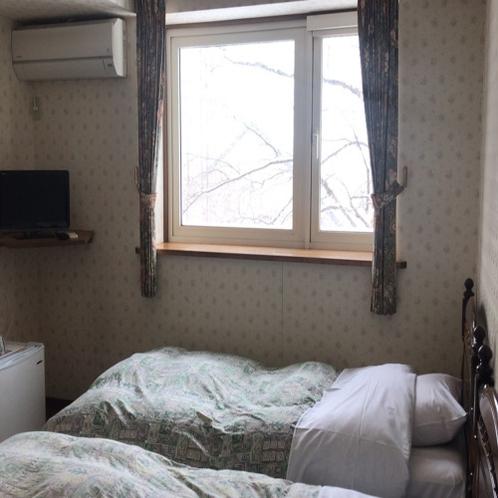 洋室 ツインルーム 落ち着いたお部屋です。