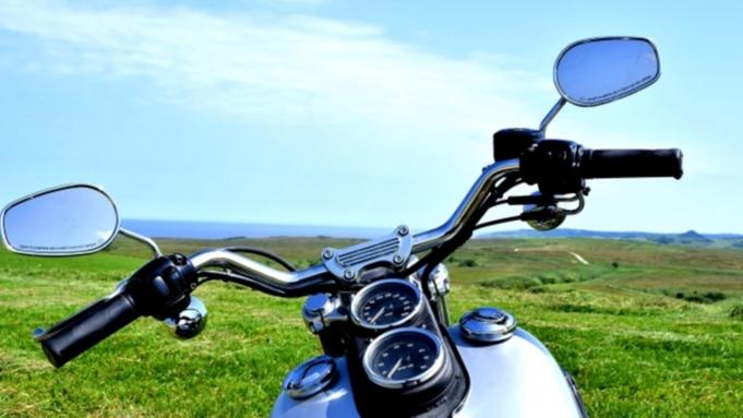 【素泊】ライダーズ応援!「ほんとうの空」の下のツーリング♪バイクの整備に嬉しいKTC工具無料貸出中!