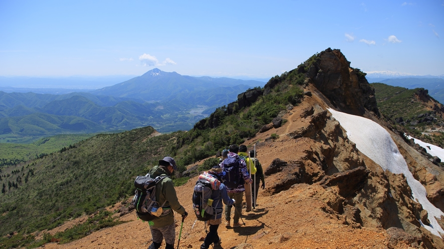 【登山】初心者にもおすすめ!見どころたっぷり安達太良の登山