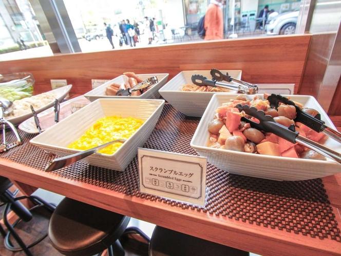 ◆朝食◆ちょっぴり和食もあります♪
