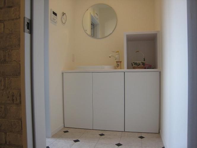 おしゃれなプチスイートルーム洗面所