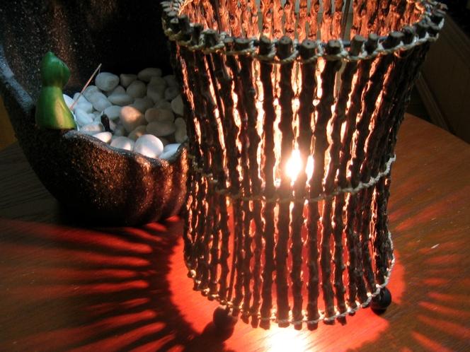 光が印象的な和モダンルーム照明