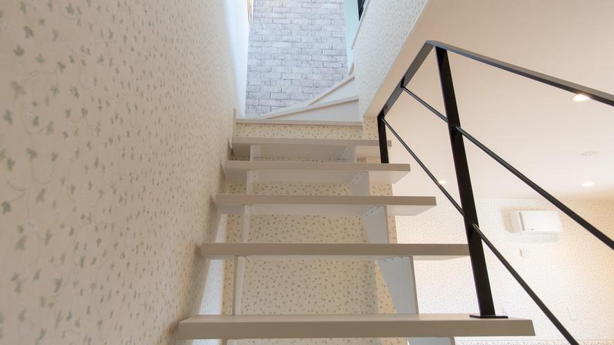 プチスイート―オープン階段
