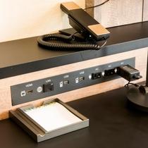 USB端子も数カ所に設置