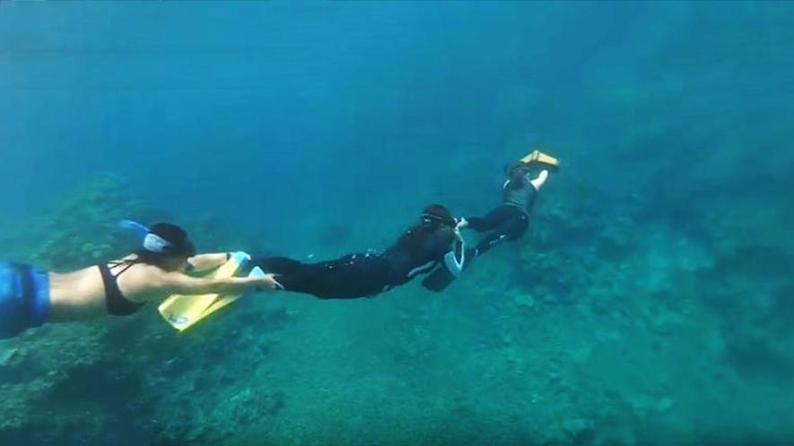 *【水中スクーター】ダイビングやシュノーケリングはもちろん、水面移動も楽しめます