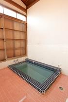 6名様向け 別館 1F和室 梅 内風呂